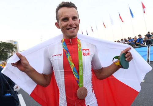 Rafał Majka zmedalem olimpijskim/Fot.: Bartosz Zborowski