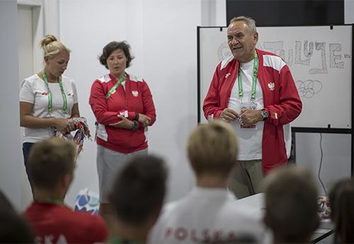 Prezes PKOl Andrzej Kraśnicki zwizytą wwiosce olimpijskiej/Fot.: Szymon Sikora/PKOl